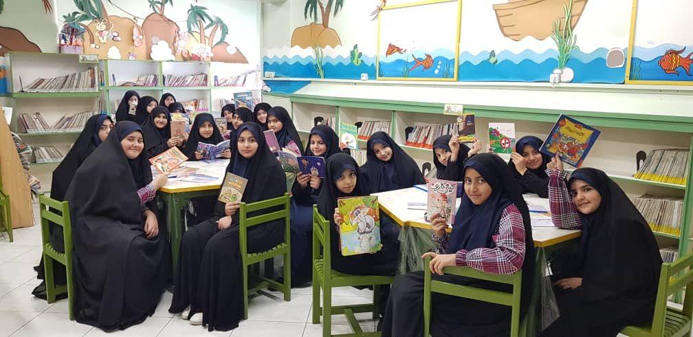 بازگشایی باغ کاغذی دبستان دخترانه رفاه